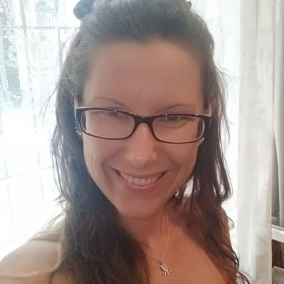 31 éves nő 22 éves férfi társkereső